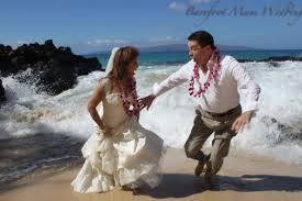 Maui Photographers Trash The Dress A Affordable Barefoot Maui Wedding