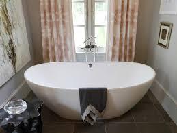 ideas bathtubs for small bathrooms for finest 114 best tiny