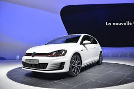 volkswagen geneva vw golf gti news and live show pictures evo
