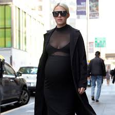 Pregnancy Shirts For Halloween by Pregnant Woman Tries Kim Kardashian U0027s Pregnancy Popsugar