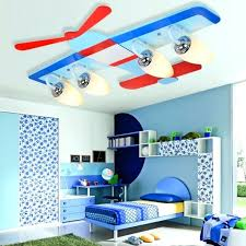 chambre garcon avion chambre garcon avion affordable with lustre avion chambre bebe