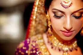60 Best Indian Bridal Makeup Tips For Your Wedding Indian Bride Makeup Tips Makeup Daily
