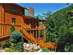 6 Bedroom Cabin Pigeon Forge Tn Pigeon Forge Cabin Rentals Smoky Mountains Tennessee Cabins