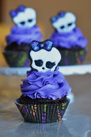 Halloween Skull Cakes by A Little Sugary Goodness Royal Icing Transfers Ravens U0026 Spooky
