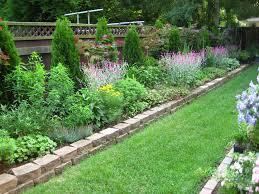 Inexpensive Backyard Landscaping Ideas by Garden Small Backyard Ideas Flowers Decor Simple Backyard Design