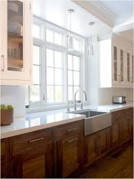 wood kitchen cabinets with white countertops detox chicken vegetable soup