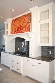 White And Red Kitchen Ideas Black Kitchens Kitchen Design Ideas Black Cabinets Boston Red Sox