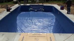 how to install a vinyl swimming pool liner on a pool kit from pool