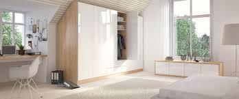schlafzimmer mit schrã gestalten dachschräge einbauschrank nach maß planen deinschrank de
