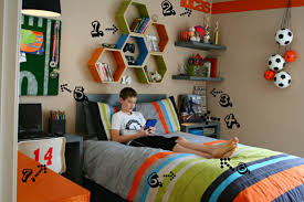 boy bedroom decorating ideas details of a room makeover todays creative blog