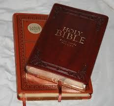 christian arts publishers regular and large print kjvs bible