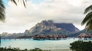 overwater bungalows bora bora huts u0026 villas four seasons resort