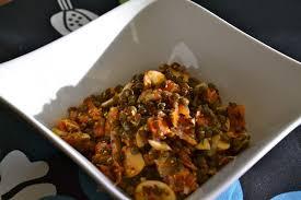 cuisiner les lentilles vertes salade de lentilles vertes du puy au saumon fumé et chignons