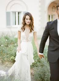 wedding dress necklines 31 ideas to pull a wedding dress weddingomania