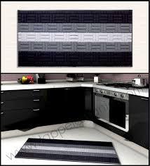 tappeti moderni bianchi e neri tappeto cucina nero grigio