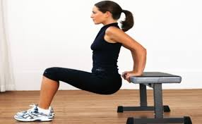 Triceps Bench Dips 5 Simple Steps To Do Triceps Bench Dips Bodybuilding Estore