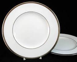 wedgwood carlyn 2 salad plates bone china great trim w4302