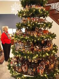 Best Way To Decorate A Christmas Tree 627 Best Christmas Village Ideas Images On Pinterest Christmas