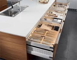 cuisine santos cuisine contemporaine en plaqué bois avec îlot natura santos