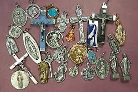 catholic medals lot of 28 catholic religious medals crucifix pocket statues pin