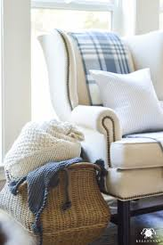 best 25 chair pillow ideas on pinterest bedroom reading chair