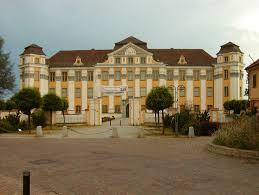 Neues Schloss Baden Baden Schlösser In Baden Württemberg Kulturreisen Bildungsreisen