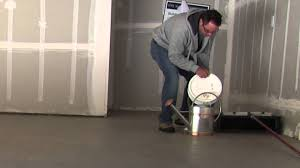 Behr Porch And Floor Paint On Concrete by How To Seal Or Glaze Concrete Garage Floor Using Behr Wet Look