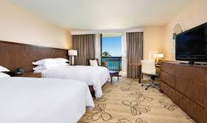 Hilton Hawaiian Village Lagoon Tower Floor Plan Makai A Luxury Hawaii Resort Experience By Hilton