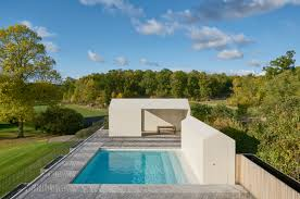 summer roundup 9 great pool houses gardenista