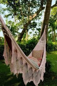 h ngematte auf balkon hängematte balkon oder garten gartenmöbel wunderschöne ideen