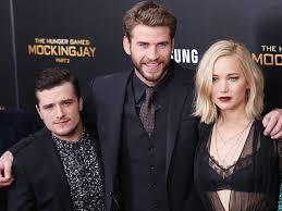 black friday hunger games jennifer lawrence josh hutcherson liam hemsworth stay in touch