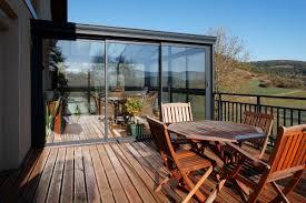 photos de verandas modernes véranda alu moderne toiture à chevrons tubulaires technal
