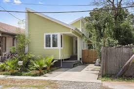 5 contemporary homes for sale in new orleans right now curbed 6318 general pershing st