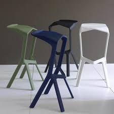 hocker design sitzen entspannen hocker miura plank design konstantin