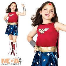Superhero Halloween Costumes Girls 17 Parasta Ideaa Pinterestissä Superhero Halloween Costumes