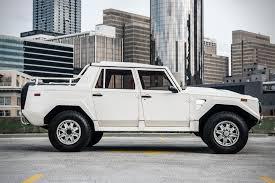 lamborghini jeep lm002 auction block 1990 lamborghini lm002 hiconsumption