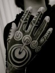 hand tribal tattoo by apocaript