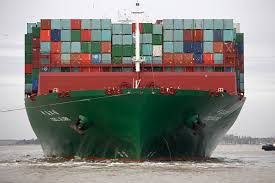 why megaships suddenly dominate the ocean shipping industry fortune