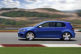 2016 volkswagen golf r receives manual transmission option