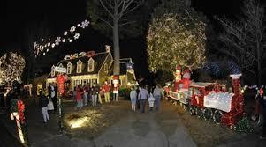 christmas lights huntsville al hiatus ends at horseshoe trail popular house with 85 000 lights