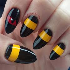 funny enough i actually had these nails done before my litten