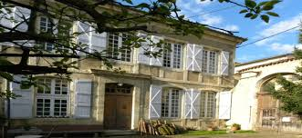 chambre d hotes auch le consulat location de vacances en chambre d hôtes gites32 b2018