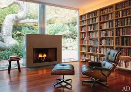15 home libraries that will make you want to read a book