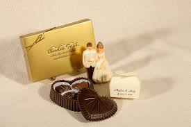 wedding chocolates 5 reasons why chocolate wedding favors are ideal for your guests