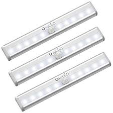 Battery Light Comes On And Off Amazon Com Oxyled Motion Sensor Closet Lights Cabinet Light Diy