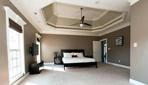 chambre a coucher taupe couleur taupe chambre lit couleur taupe linge de rideaux dans une