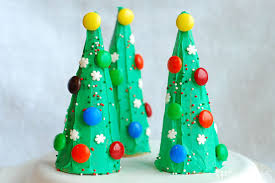 Edible Decorations For Christmas Tree by Edible Christmas Treats