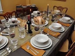 ideas for decorating your thanksgiving dinner table