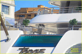 see leonardo dicaprio u0027s insane luxury yacht he rented for world