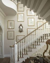 Staircase Wall Design by Decorating Stairway Walls Shenra Com